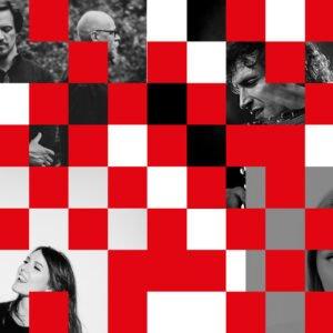 Grafika z czarno biało czerwonych kwadratów z przerwami na zdjęcia ludzi